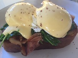 Eggs Frederick