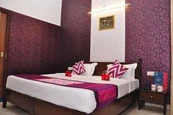 OYO Rooms Hide Market Hussainpura Chowk 2