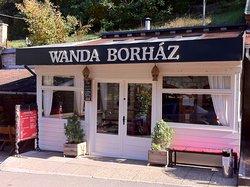 Wanda Winehouse