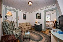 Suite 6 sitting room