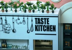 Taste kitchen