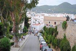 Calle de Dalt Vila