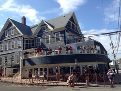 Woods Hole Inn is at the start of the Falmouth Road Race in August in Falmouth MA on Cape Cod.