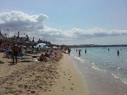 Buena playa...