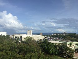 Pia Marine Hotel & Condominium