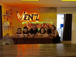 ‪Ven'z Kitchen‬