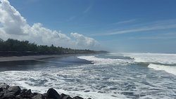 Suwuk Beach