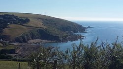 Talland Bay & the Giant's Hedge Walk