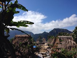 Tololela Cultural Village
