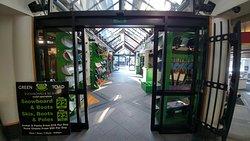 Green Toad Snowboard & Ski Shop