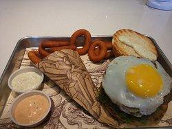 Tingos Hamburger