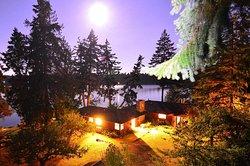 Cedar Beach Ocean Lodge