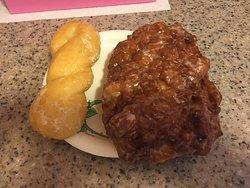 Baker's Dozen Donuts & Coffee