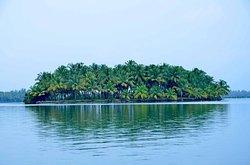 Kavvayi Islands