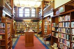 Eldredge Public Library