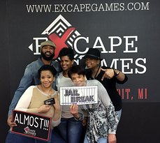 Excape Games - Motor City