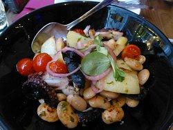 Zinfandel Food & Wine Bar
