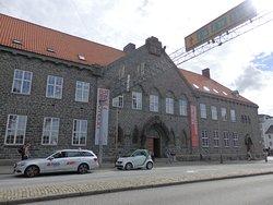 Bergen Public Library