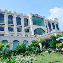 Hotel Eqbal Inn