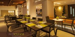 Sky Lounge Restaurante & Bar