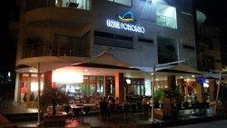 Del Porto Cafe & Vino