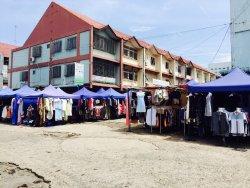 Pasar Buah Puja Bahari