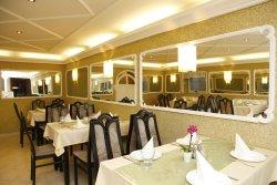 Restaurant-Breakfast Place