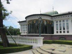 Phra Thinang Uthayan Phumisathian