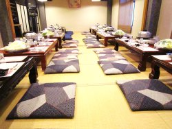 55名収容 個室宴会場完備