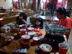 makan di momonchi