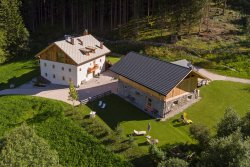 Silentium Dolomites Chalet - since 1600