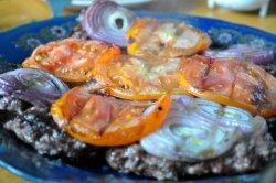 riad dades barbecue ,lamb, onion ,tomato,