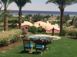 Sitting area in the garden facing Qaron lake