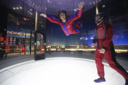 ‪iFLY Indoor Skydiving - Kansas City‬