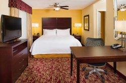 Homewood Suites by Hilton Carle Place - Garden City