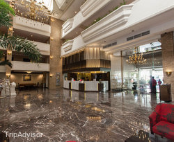 L'Fisher Hotel