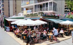 Andy's BAR = Andy's Simply the Best en Benidorm