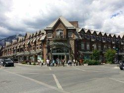 Cascade Shops