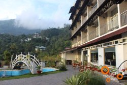 Final word for Luxury in Munnar