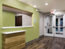 WoodSpring Suites Signature Houston IAH Airport