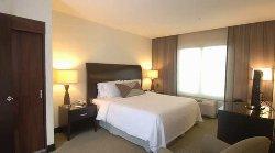 Clean, Convenient & Modern Hilton