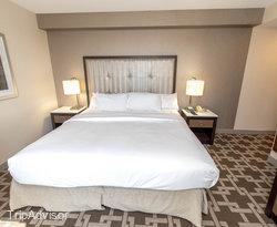 The King City View at the Hilton Niagara Falls/Fallsview Hotel & Suites