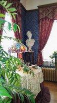 Authentic period decor