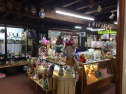 Parade Antiques and Collectables Market