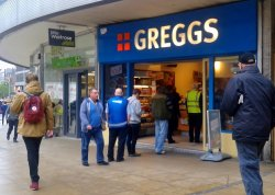‪Greggs - Piccadilly Approach‬
