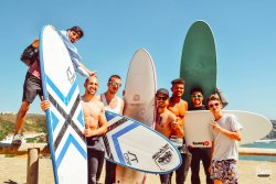 Bura Surfhouse