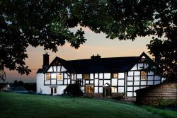 Lower Wythall Bed and Breakfast