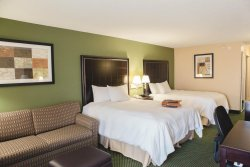 Hampton Inn Bloomington West
