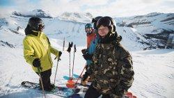 Skiing and snowboarding at the Lake Louise Ski Resort