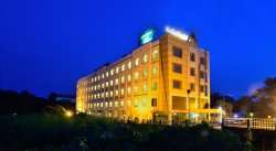 SRS 락샤 호텔